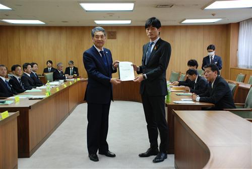 11月9日 平成25年度兵庫県当初予算編成に対する申し入れ
